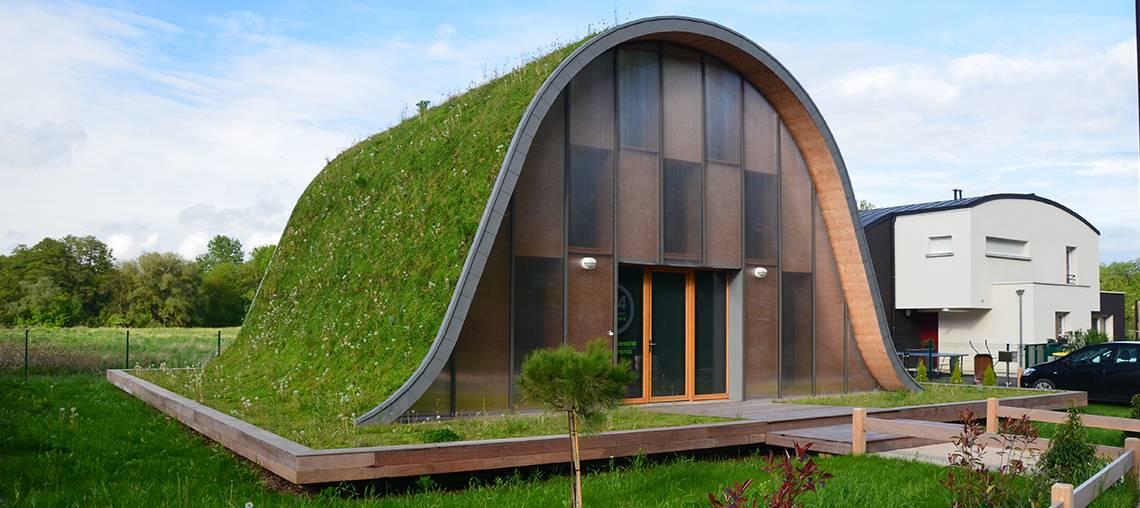 toiture végétale forte pente maison vague ecovegetal