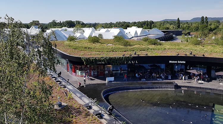 Le village des marques toit terrasse Ecovegetal