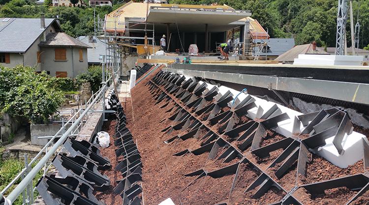 Remplissage des dalles GEORASTER avec le substrat