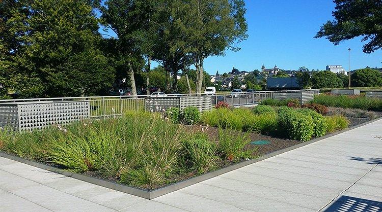 toiture terrasse plate - toit plat végétalisé jardin